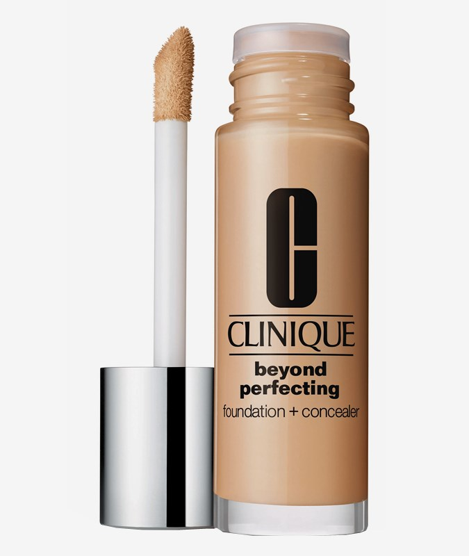 Beyond Perfecting Foundation + Concealer CN 08Linen