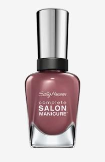 Complete Salon Manicure Plum´s the world