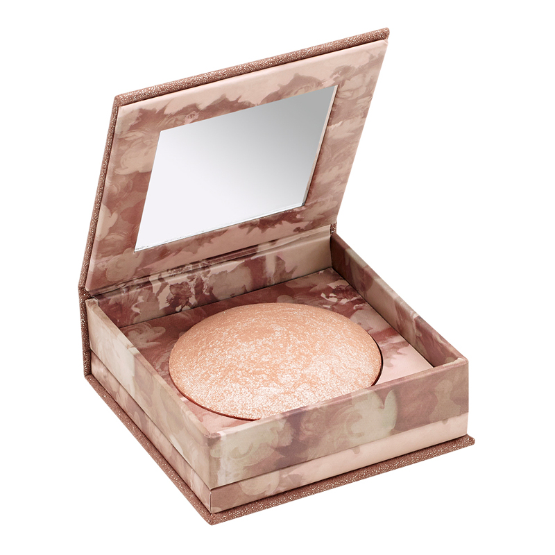 Naked Illuminated Shimmering Powder for Face and Body Luminous