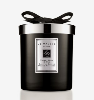 Velvet Rose & Oud Scented Candle Home 200 g