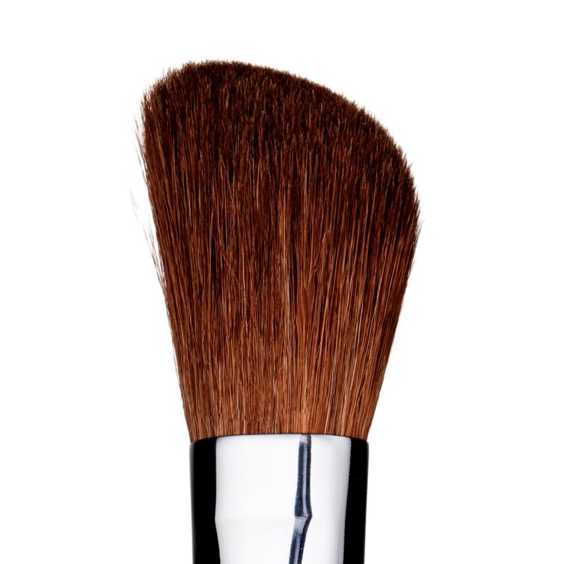 Professional Angled Cheek Brush