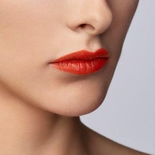 Ecstasy Shine Lipstick 201Scarlatto