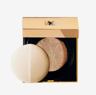 Touche Éclat Cushion Foundation B20