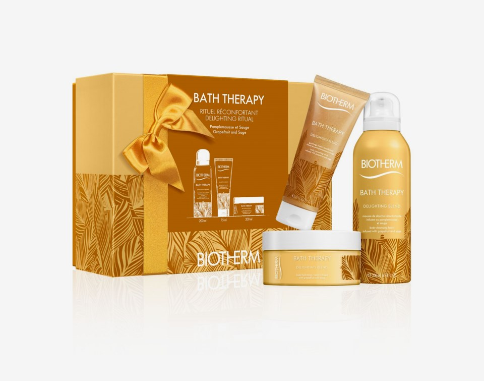 Bath Therapy Delighting Blend Large Set
