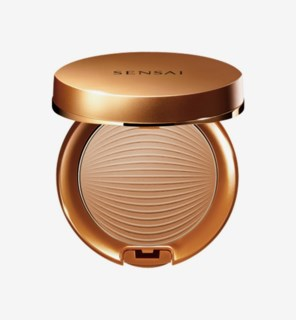 Silky Bronze Sun Protective Compact SPF 30 02Natural