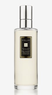 English Pear & Freesia Scent Surround Room Spray 175 ml