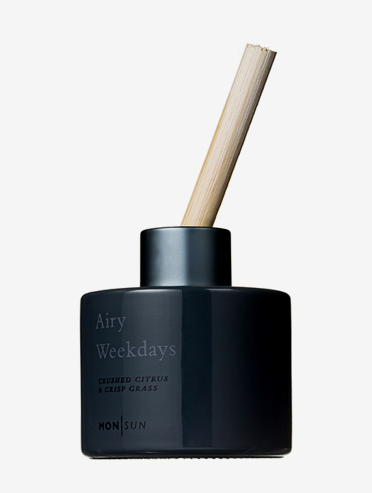 Airy Weekdays Mineral & Moist Room Diffuser 100 ml