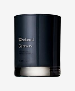 Weekend Getaway Vitamin & Oil Scented Candle 210g