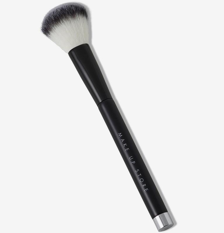 Lip Brush 605 Blush Brush Large 500