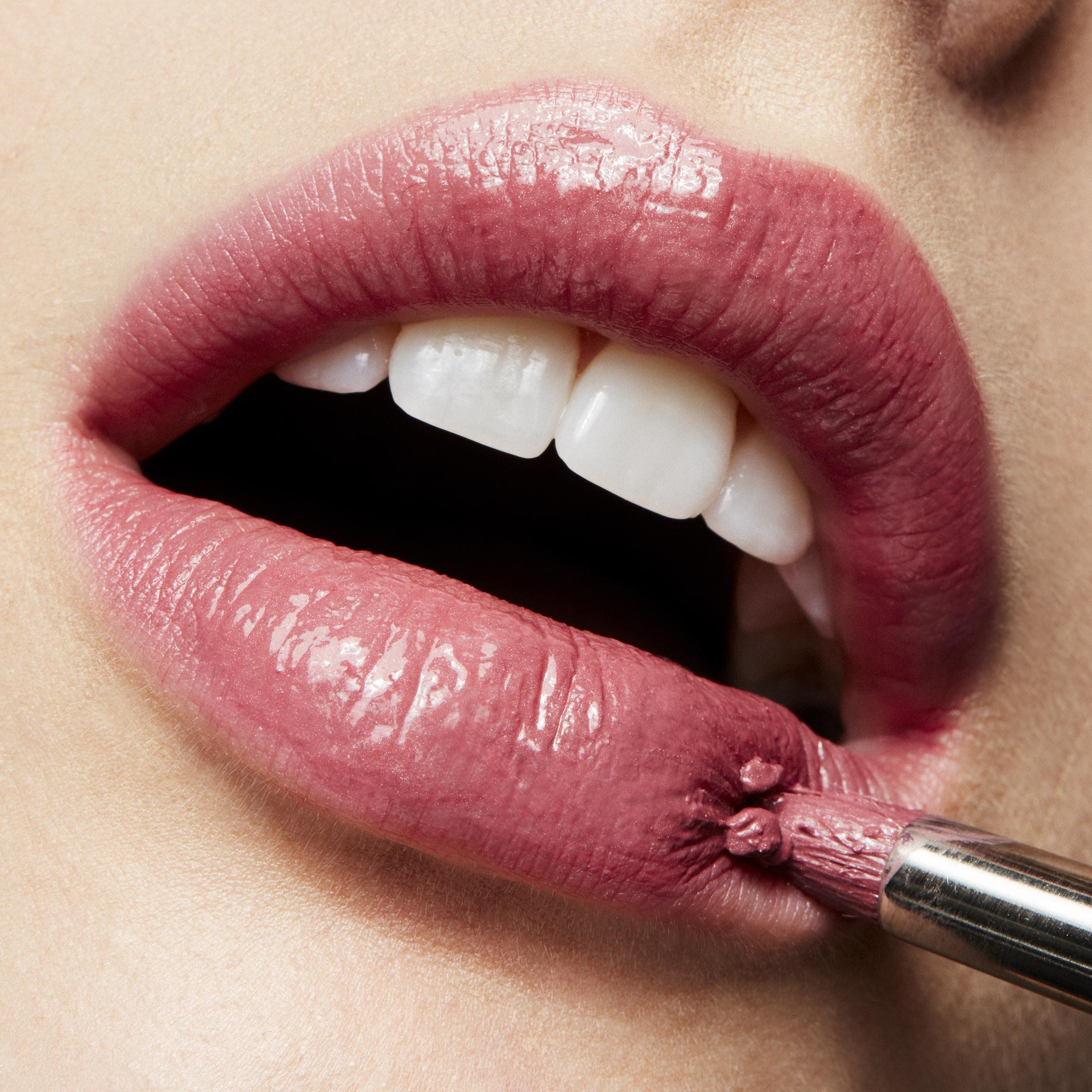 Lipstick Syrup