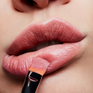 Satin Lipstick Brave