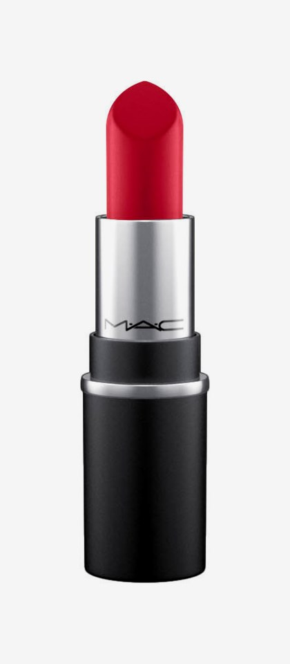 Lipstick Little MAC Ruby Woo