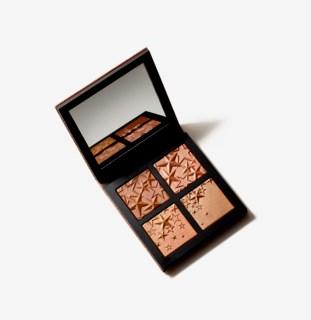 StarDipped Compact Medium Deep Face Makeup Gift Box