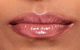 Candy Slick Glowy Lip Color Sugarcoated Kiss