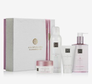 The Ritual Of Sakura Renewing Ritual Giftbox Medium