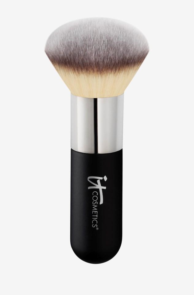 Heavenly Luxe™ Airbrush Powder & Bronzer Brush #1