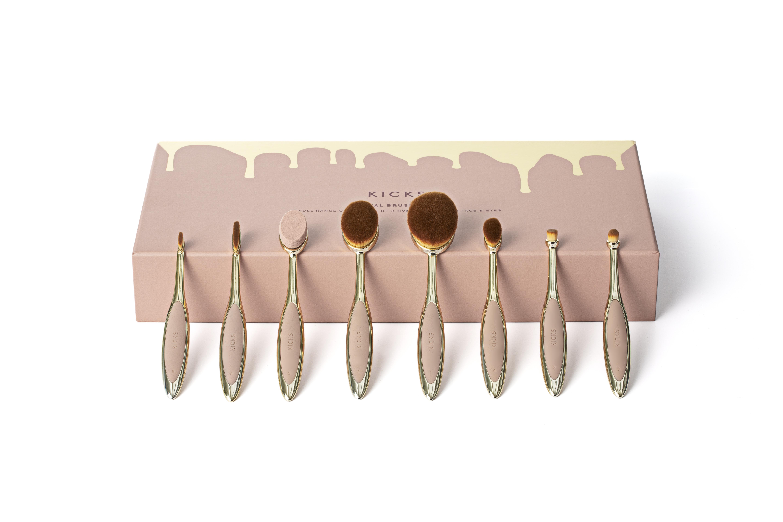 Oval Makeup Brush Kit